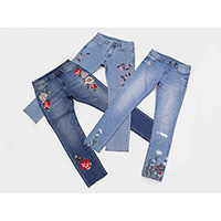 Ladies' embroidered stretch jeans