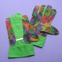 Cotton Gloves with PVC Dots, C335YL