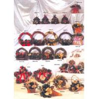 Christmas Wreath & Basket
