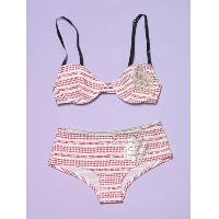 Knit wired padded bra and shorty