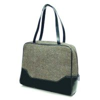 Handbag in wooly material