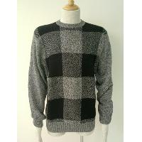Checks jacquard pullover.