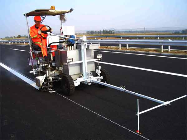 Thermoplastic road marking machine yd11 shenyang roadnet for Road case paint
