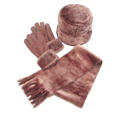 Glove: Polyester,Scarf/Hat: Main- Acrylic / Lining- Polyester