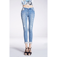 Ladies 3/4 Rinse Washes Jeans