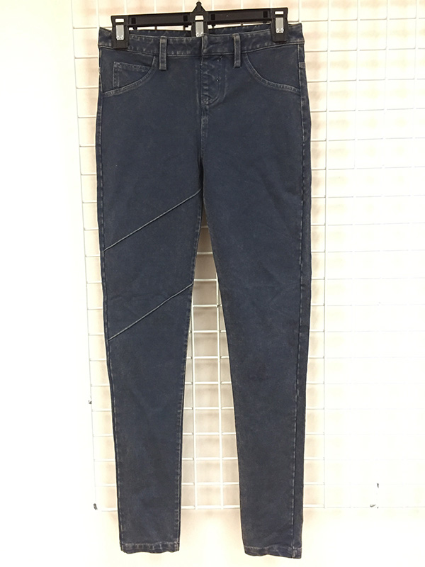 Cotton Poly Knitted Ladies Jeans with Antique L Washed