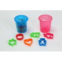 Food Storer with 6 Assorted cookie Cutter (Heart, Bear, Elephant, Hippo, Round, Star)